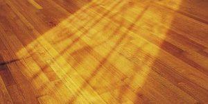 Como tirar mancha de mostarda da madeira