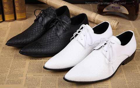 Como tirar mancha de sapato de couro escuro