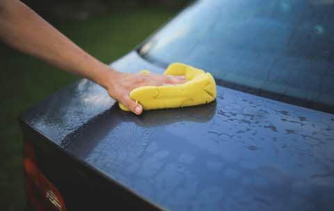 Como tirar mancha da lataria do carro