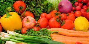 Imagem com vários legumes e cenoura, como tirar mancha de cenoura