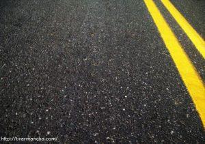 Como tirar mancha de iodo do asfalto, cortiça ou linóleo