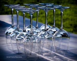 Como tirar manchas de copo de cristal
